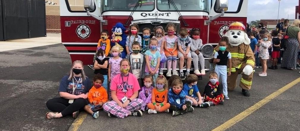 Fairborn Fire Department visits Fairborn Primary School